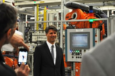 BMW X3 and X4 Factory Tour in 111 High-Res Photos -- Cool, Calm, and Quiet = Opposite of Most Auto Plants 46