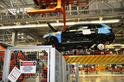 BMW X3 and X4 Factory Tour in 111 High-Res Photos -- Cool, Calm, and Quiet = Opposite of Most Auto Plants 49