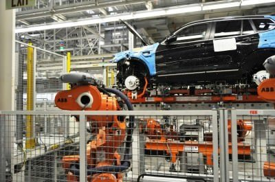 BMW X3 and X4 Factory Tour in 111 High-Res Photos -- Cool, Calm, and Quiet = Opposite of Most Auto Plants 52