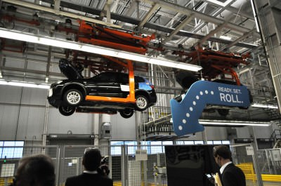 BMW X3 and X4 Factory Tour in 111 High-Res Photos -- Cool, Calm, and Quiet = Opposite of Most Auto Plants 61