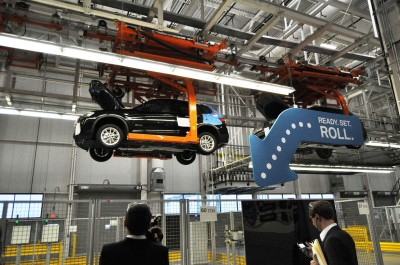 BMW X3 and X4 Factory Tour in 111 High-Res Photos -- Cool, Calm, and Quiet = Opposite of Most Auto Plants 63