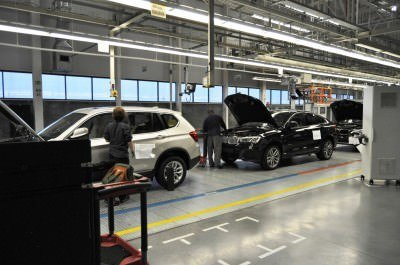 BMW X3 and X4 Factory Tour in 111 High-Res Photos -- Cool, Calm, and Quiet = Opposite of Most Auto Plants 70