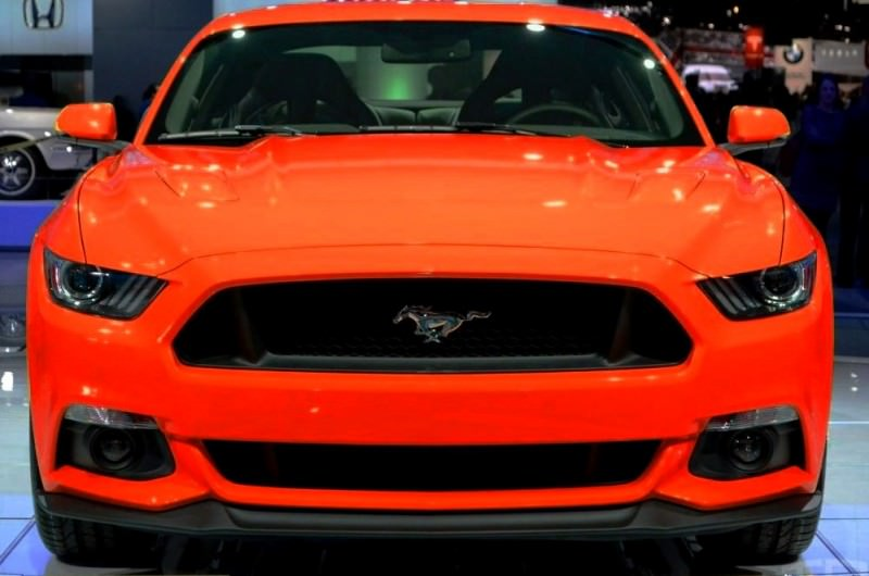 CAR-REVS-DAILY.COM -- FANTASY COLORIZER 2015 FORD MUSTANG 63