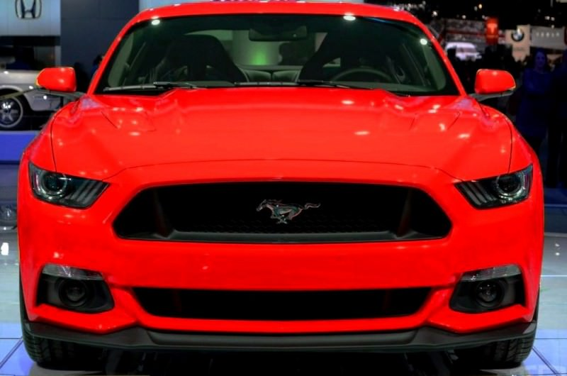 CAR-REVS-DAILY.COM -- FANTASY COLORIZER 2015 FORD MUSTANG 64