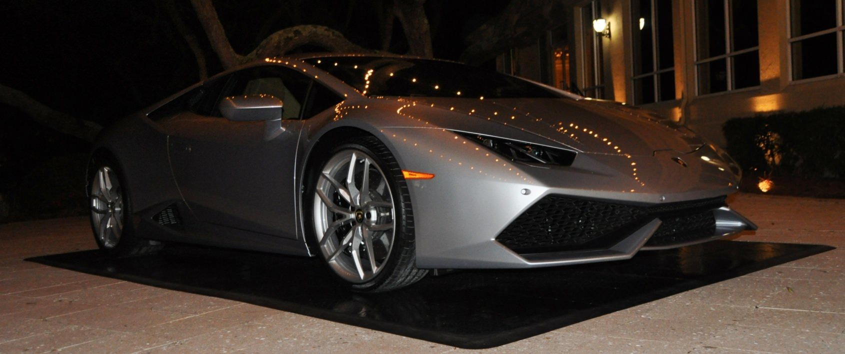 Car-Revs-Daily.com -- 2015 Lamborghini Huracan -- Official American Debut 100