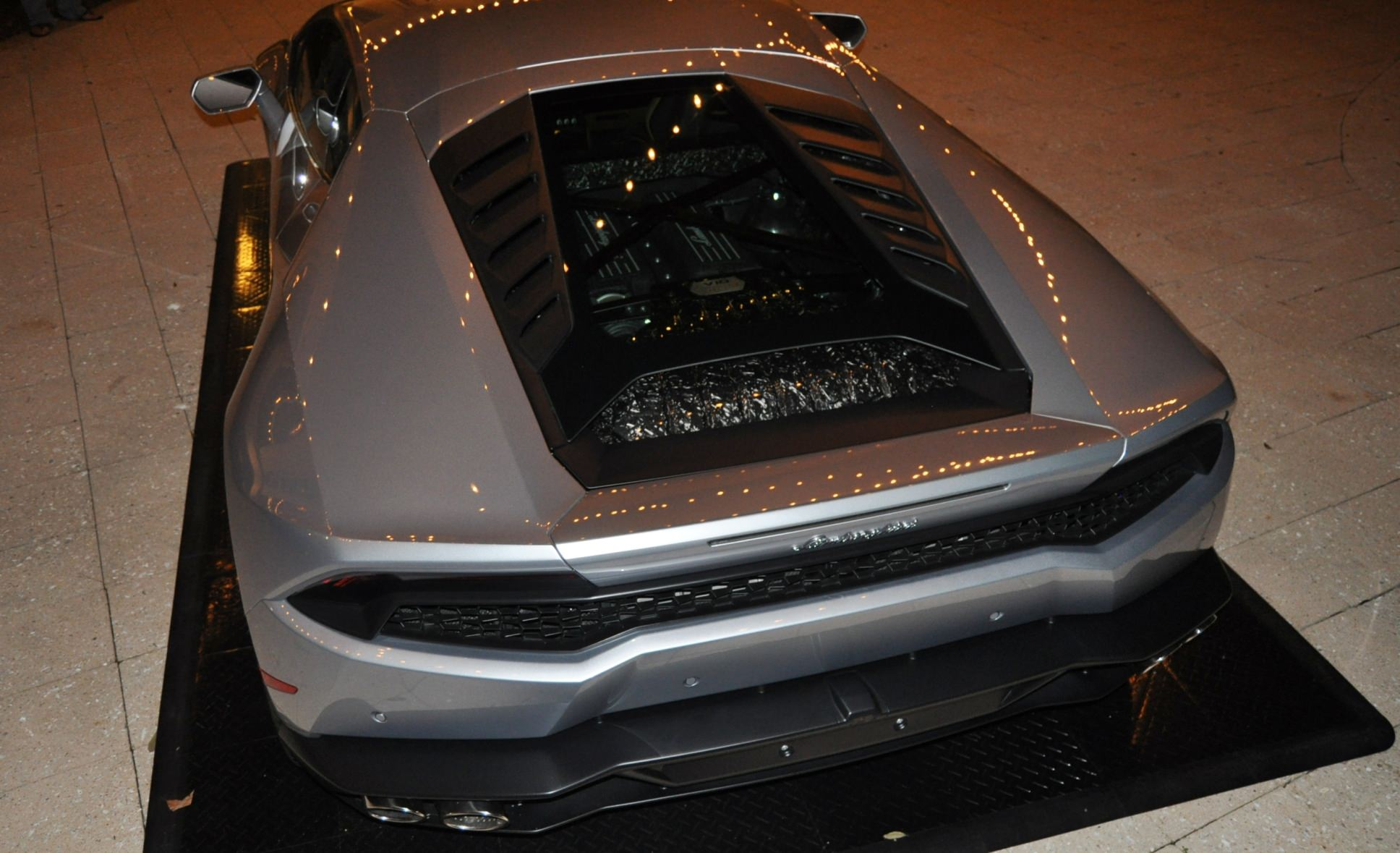 Car-Revs-Daily.com -- 2015 Lamborghini Huracan -- Official American Debut 116