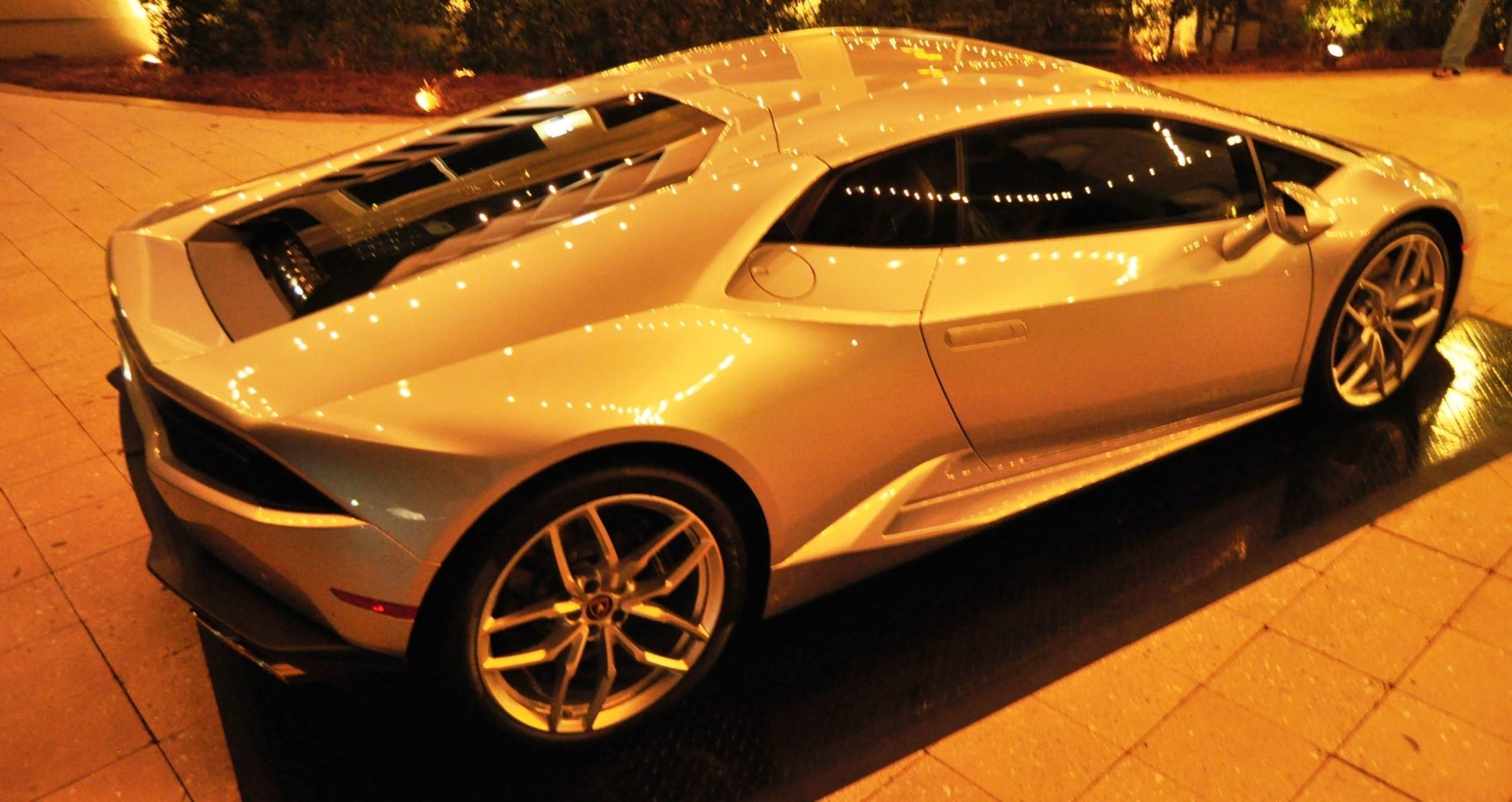 Car-Revs-Daily.com -- 2015 Lamborghini Huracan -- Official American Debut 123