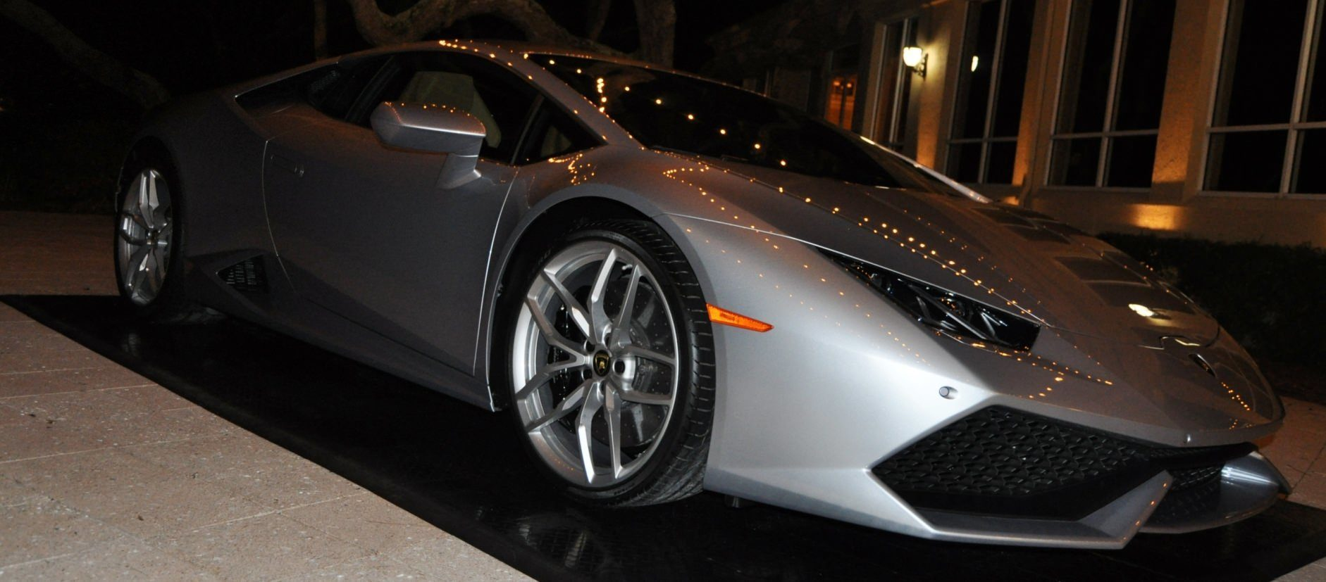 Car-Revs-Daily.com -- 2015 Lamborghini Huracan -- Official American Debut 131