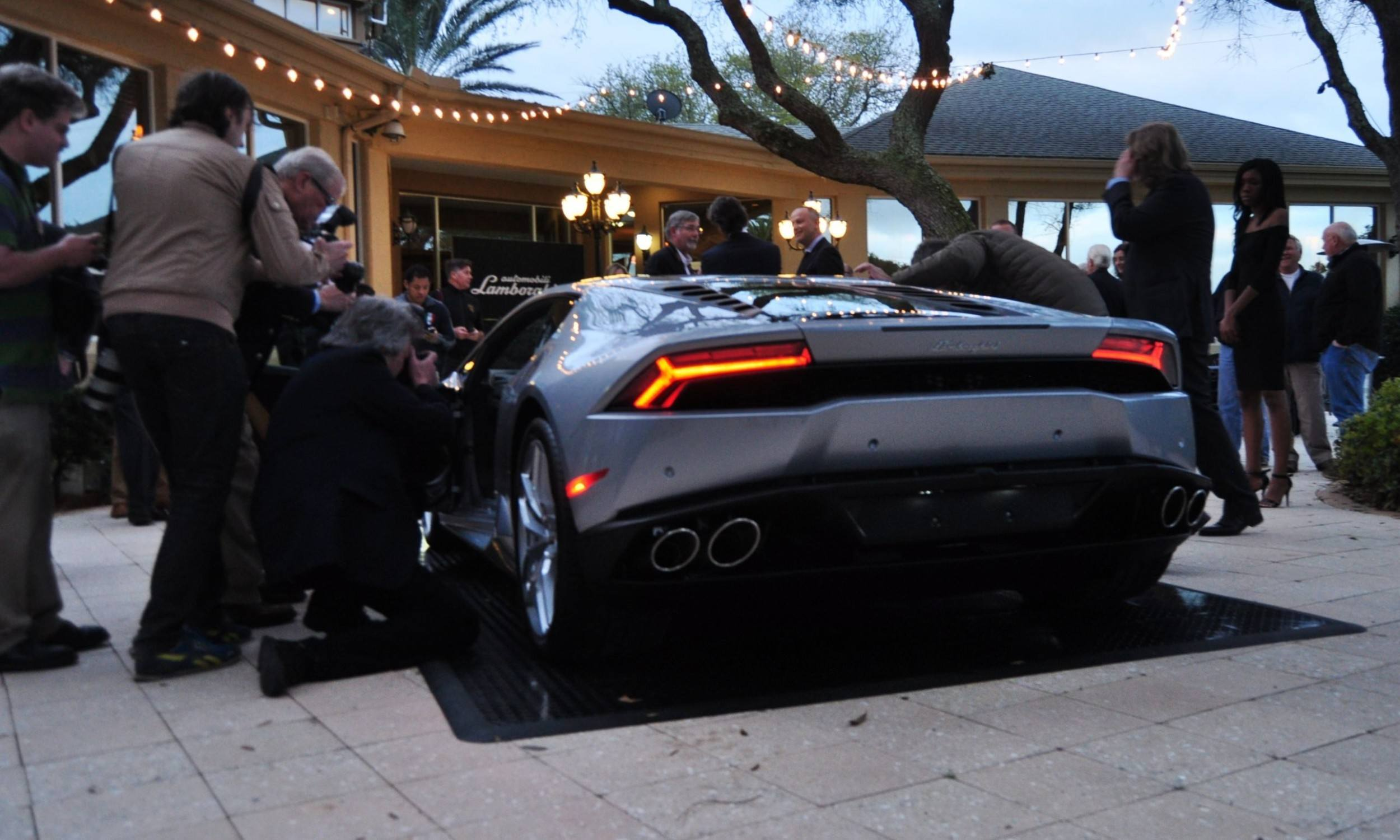 Car-Revs-Daily.com -- 2015 Lamborghini Huracan -- Official American Debut 31