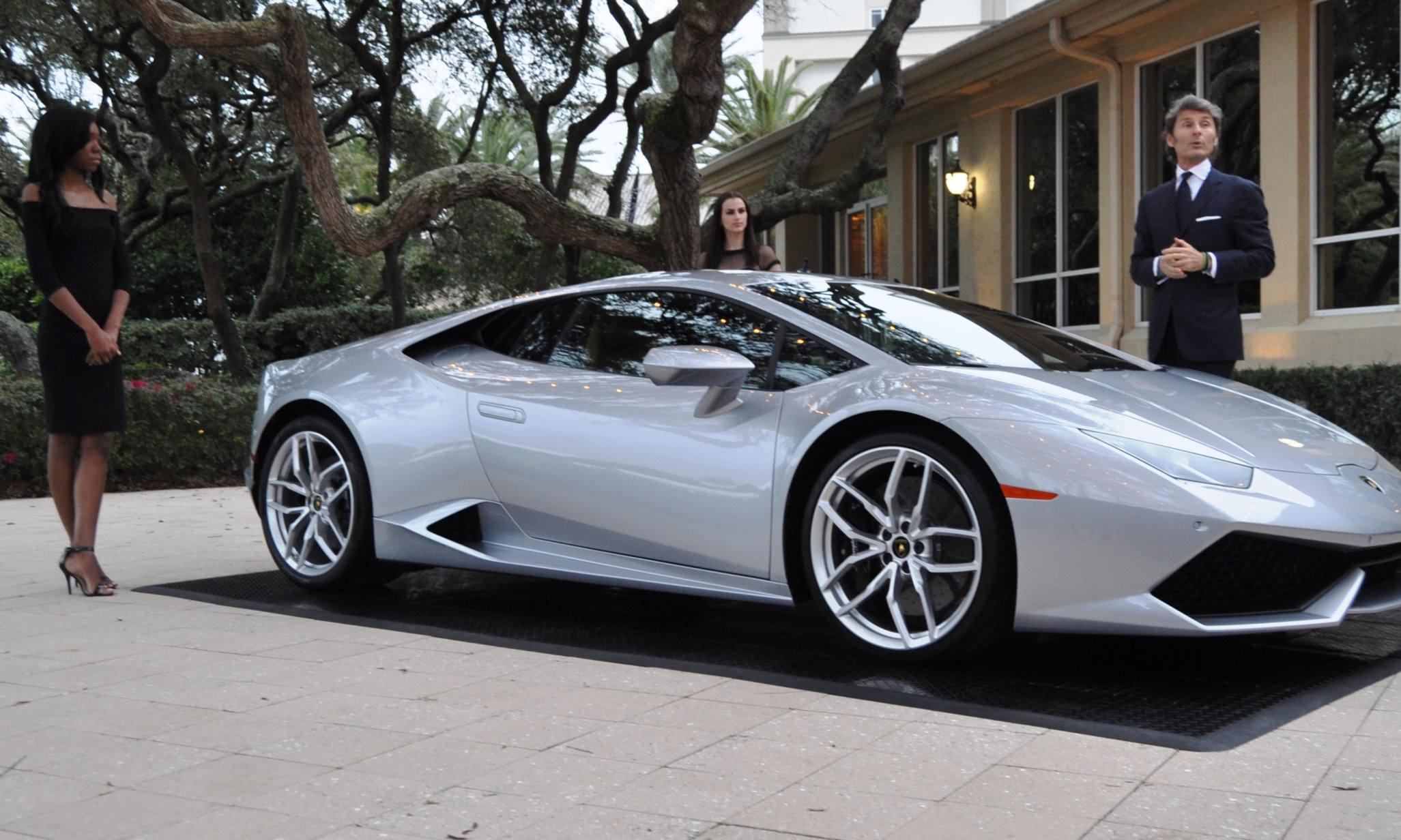 Car-Revs-Daily.com -- 2015 Lamborghini Huracan -- Official American Debut 7