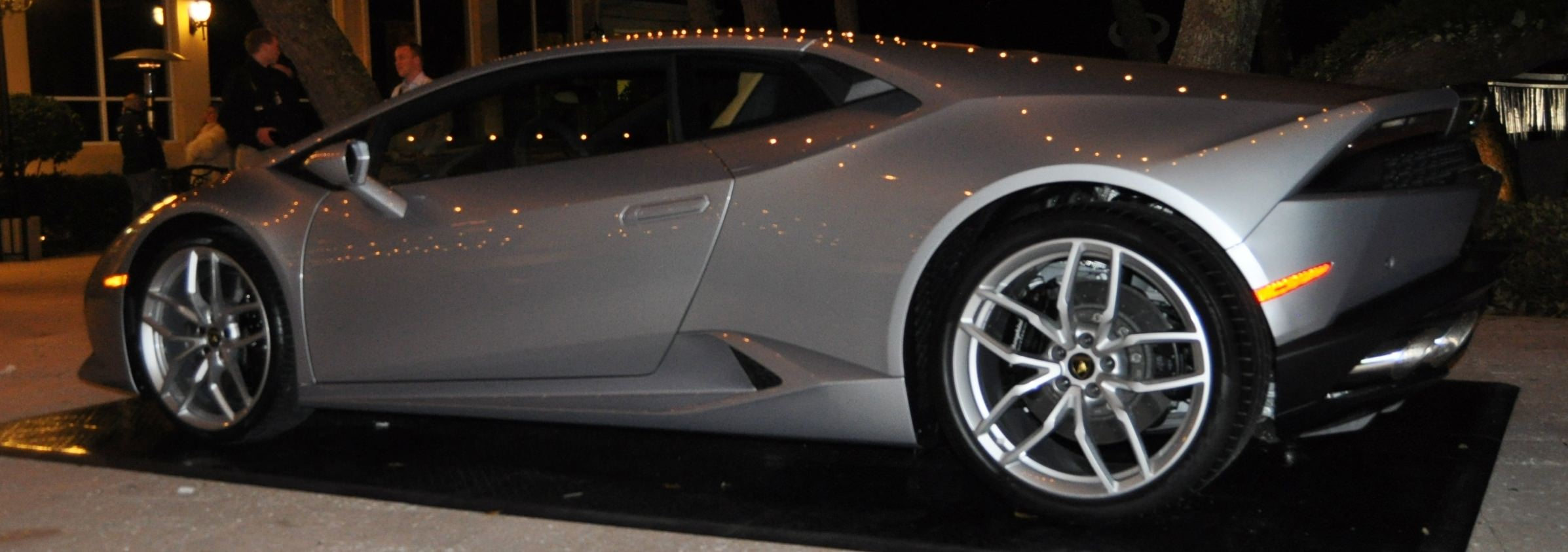 Car-Revs-Daily.com -- 2015 Lamborghini Huracan -- Official American Debut 81