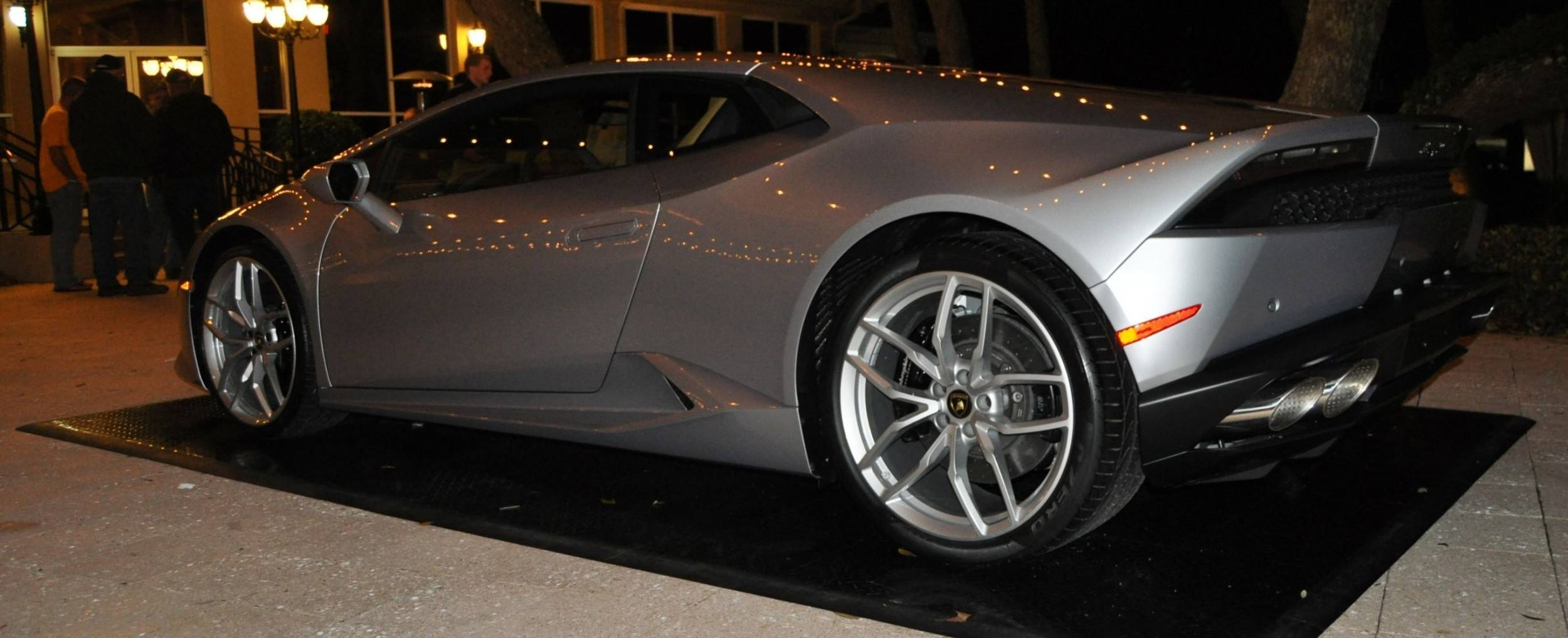 Car-Revs-Daily.com -- 2015 Lamborghini Huracan -- Official American Debut 82
