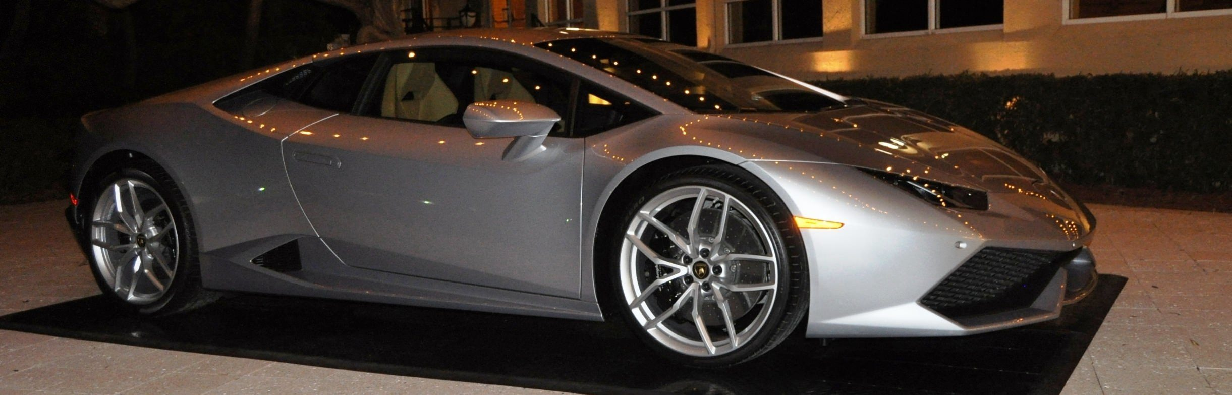 Car-Revs-Daily.com -- 2015 Lamborghini Huracan -- Official American Debut 98
