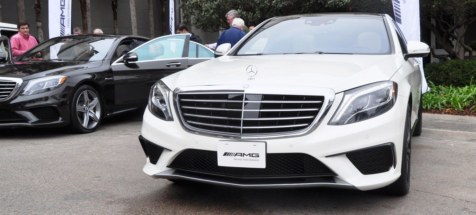 2014 mercedes benz s65 amg and s63 amg for Is a mercedes benz a good car