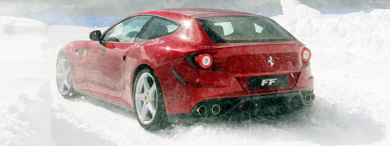 Car-Revs-Daily.com -- Ferrari FF is Monday-Sunday V12 Supercar 160