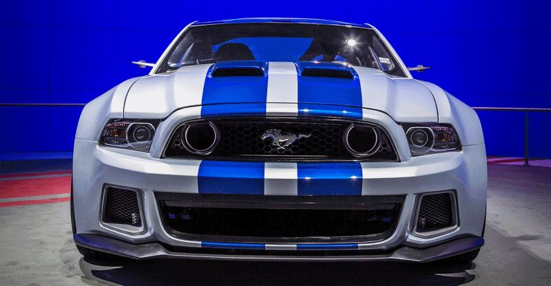 Car-Revs-Daily.com #INAMUSTANG Entry Modern GT350R Indoor Auto Show Group GIF