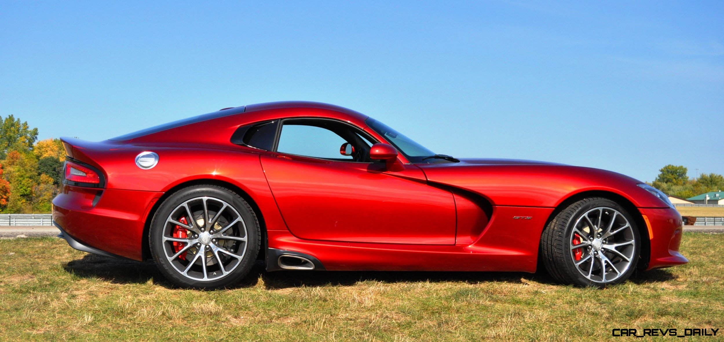 CarRevsDaily.com - 2014 SRT Viper GTS - Huge Wallpapers10