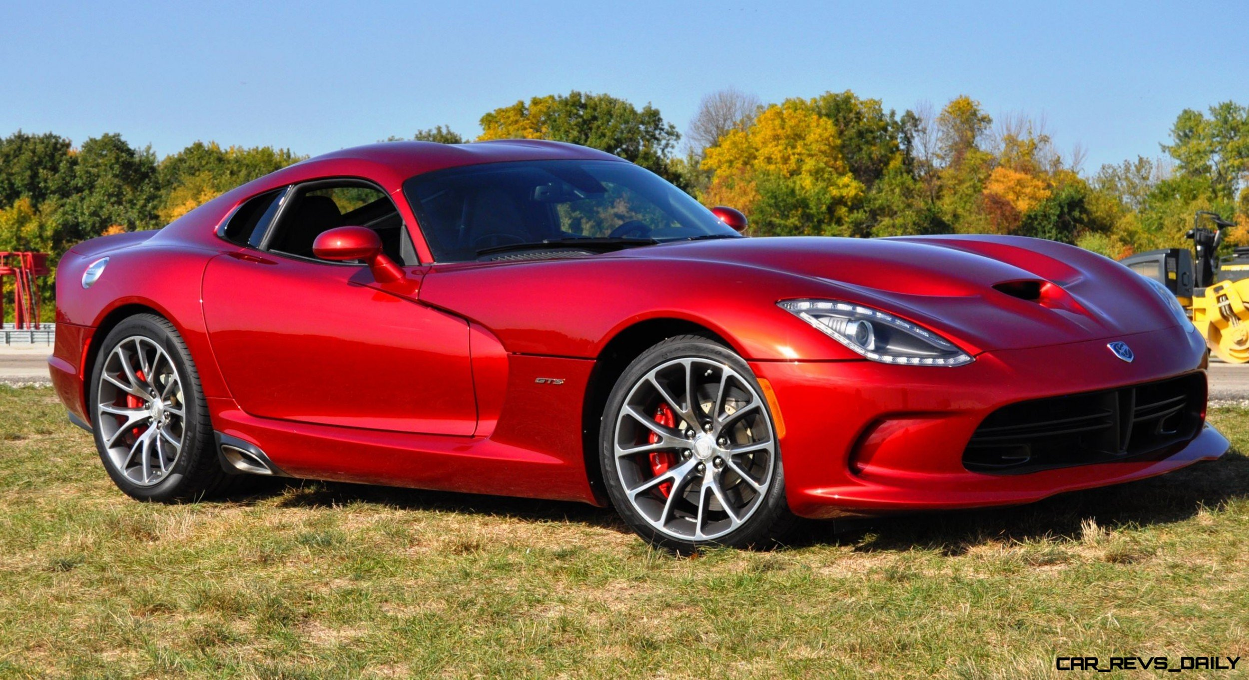 CarRevsDaily.com - 2014 SRT Viper GTS - Huge Wallpapers8