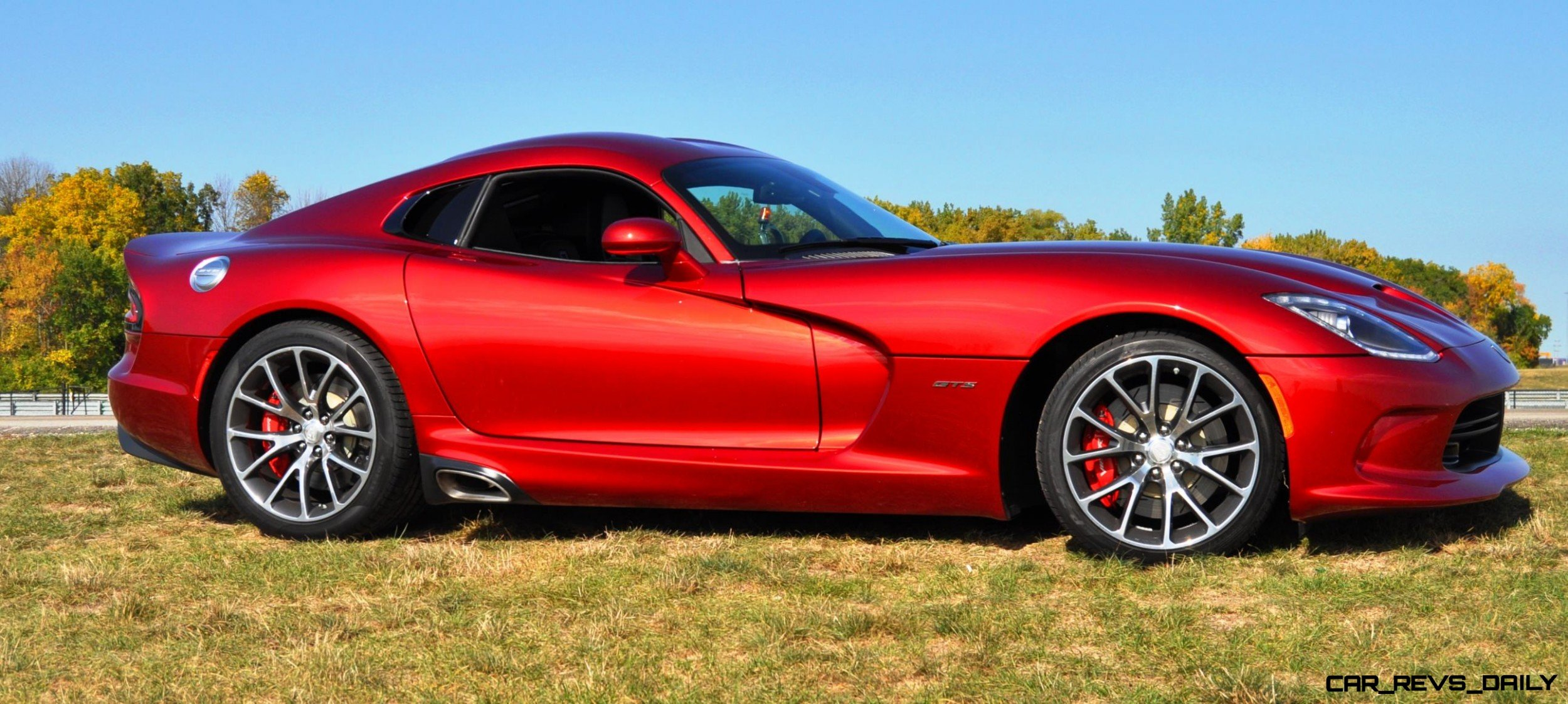 CarRevsDaily.com - 2014 SRT Viper GTS - Huge Wallpapers9