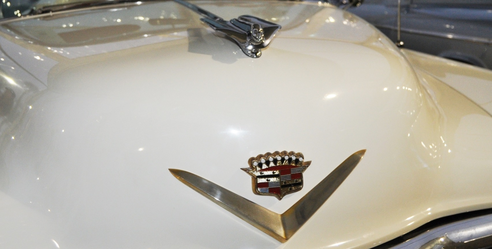 Coolest Vintage Hood Ornaments -- RM Auctions Amelia Island 2014 -- Pierce-Arrow, Cadillac, Stutz, Chrysler, Ford, Aston-Martin, Bentley and More 25