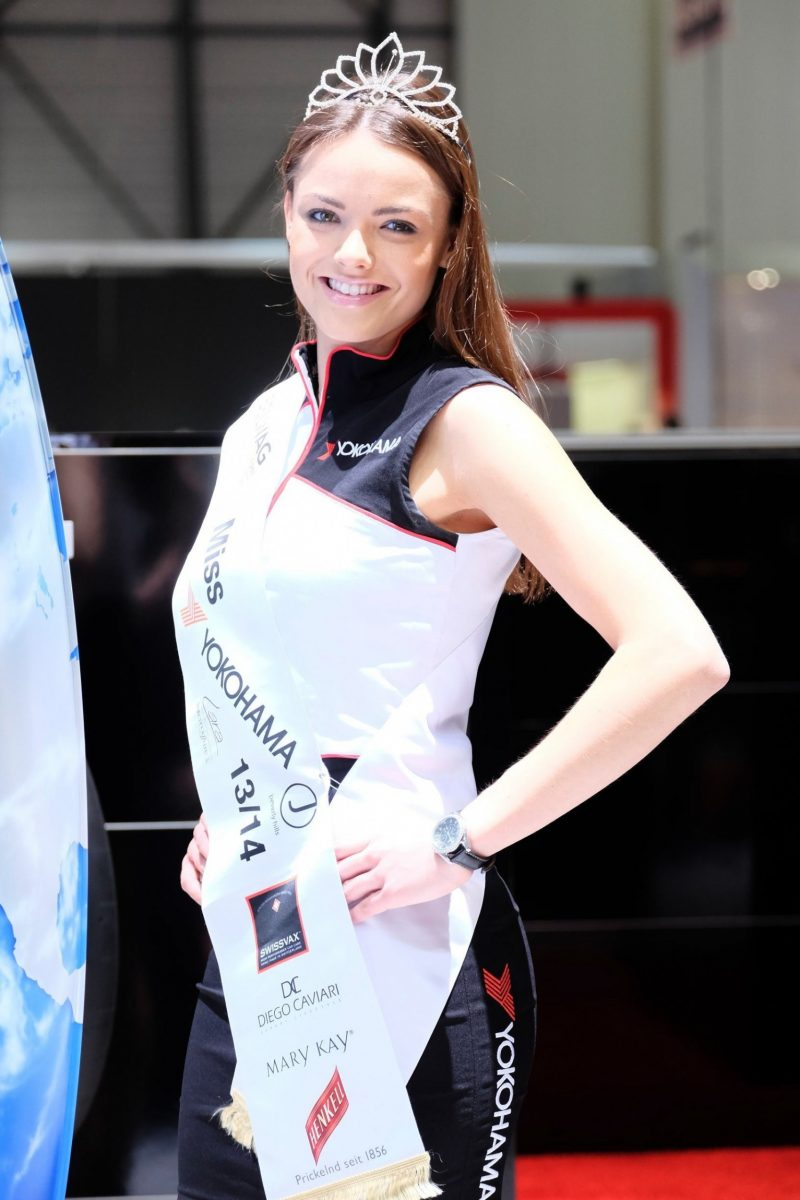 Geneva 2014 Booth Babes Teach MasterClass in Slinky, Camera-Ready Pouts -- 15 Ultra-HR Photos 12
