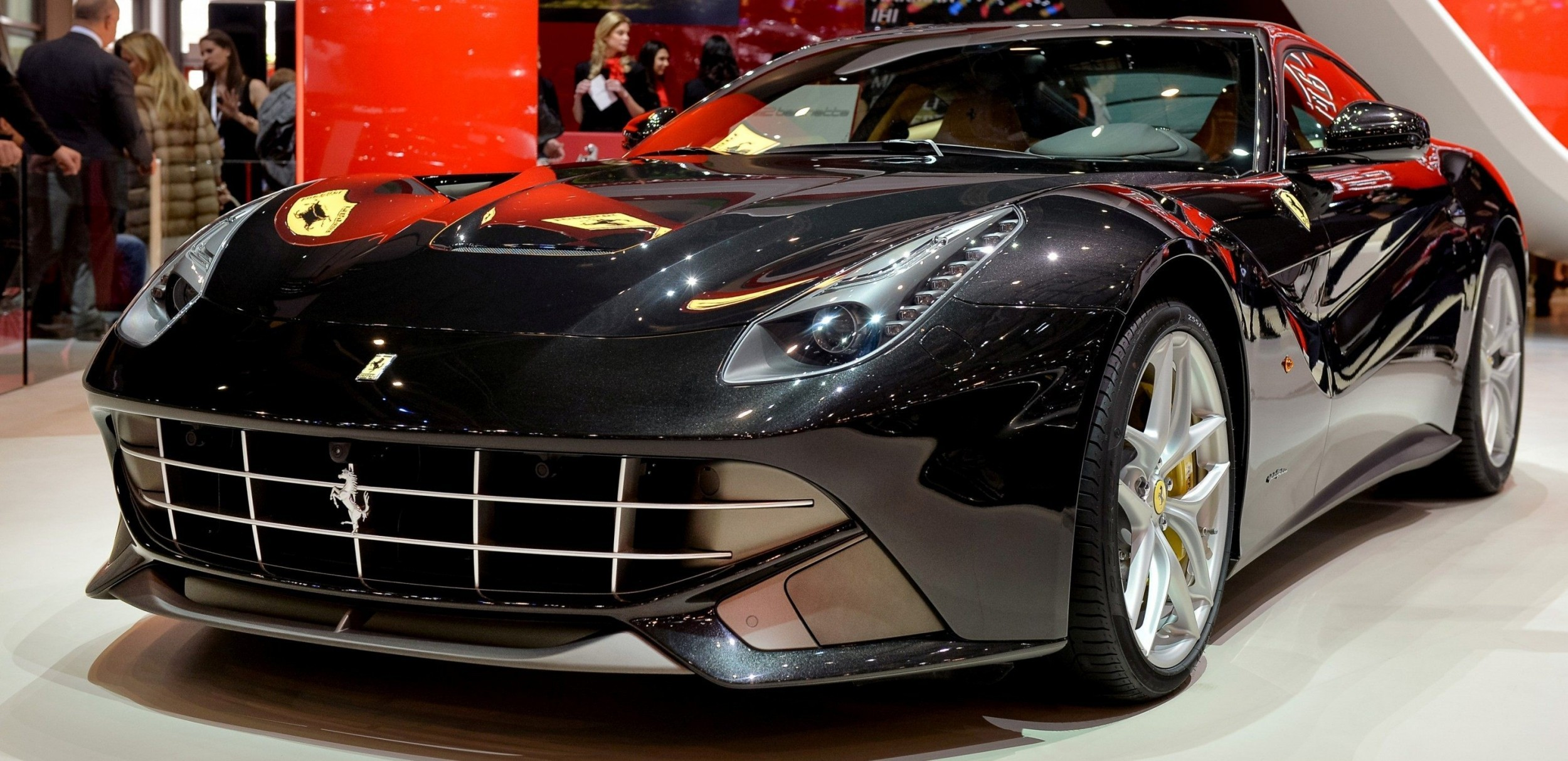 Geneva 2014 ShowFloor -- Ferrari California T, 458 Speciale and F12 Looking Brilliant 12