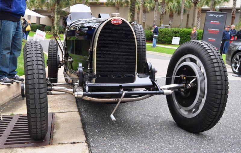 PurSang Argentina Shows Innovative Marketing with Street-Parked 1920s Bugatti GP Car1