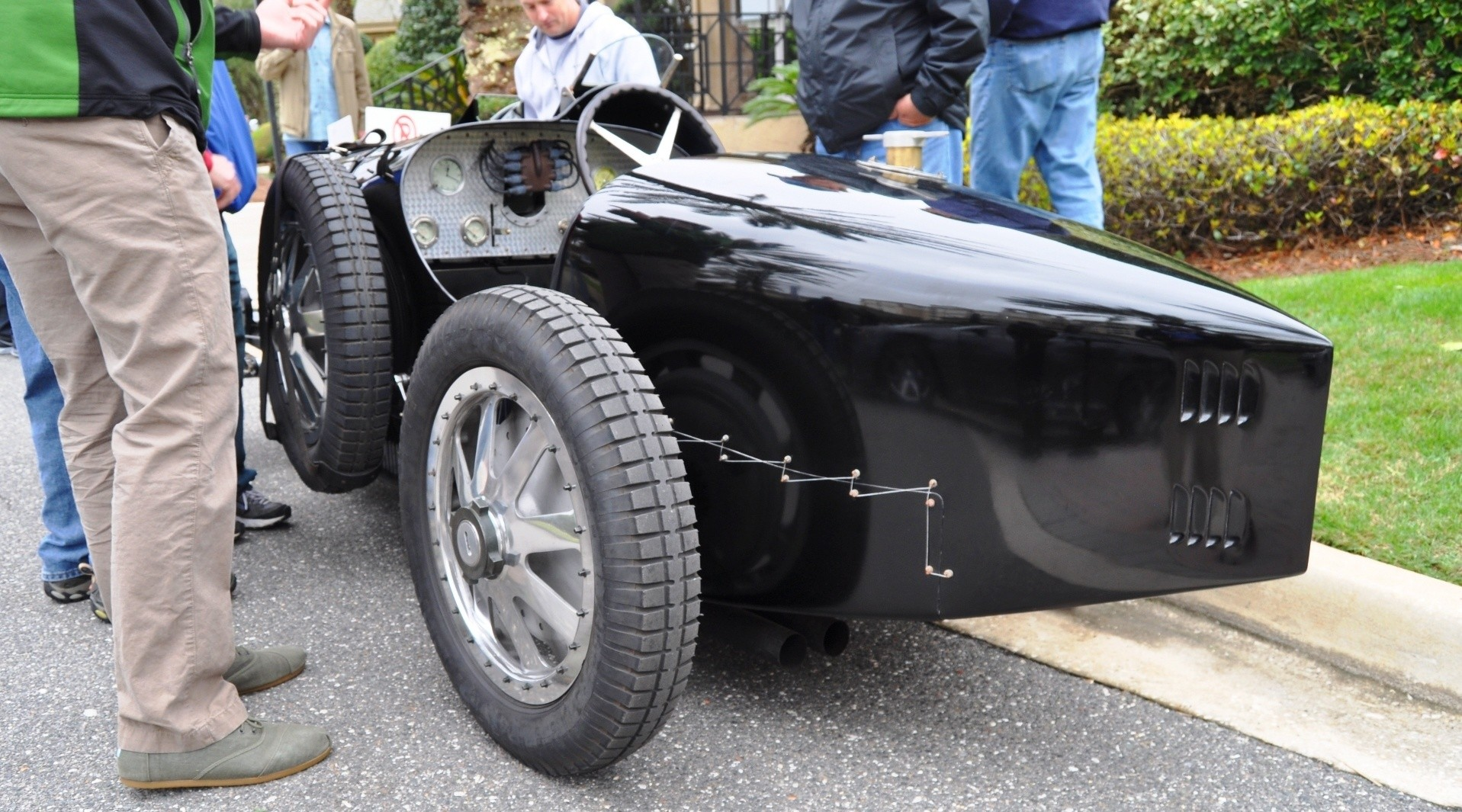 PurSang Argentina Shows Innovative Marketing with Street-Parked 1920s Bugatti GP Car14