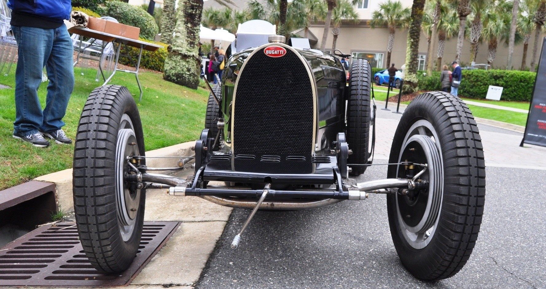 PurSang Argentina Shows Innovative Marketing with Street-Parked 1920s Bugatti GP Car2