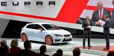 SEAT Leon Cupra in First OEM Embedded Spin-Table! Plus 3 Reasons The Leon Cupra Spanks Renaultsport Megane (and VW GTI)1