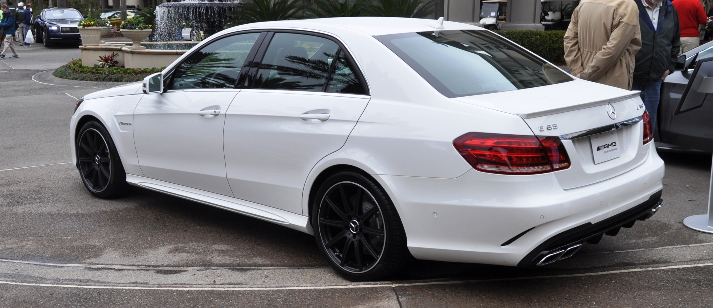 The White Knight -- 2014 Mercedes-Benz E63 AMG 4Matic S-Model On Camera + 21 All-New Photos 15
