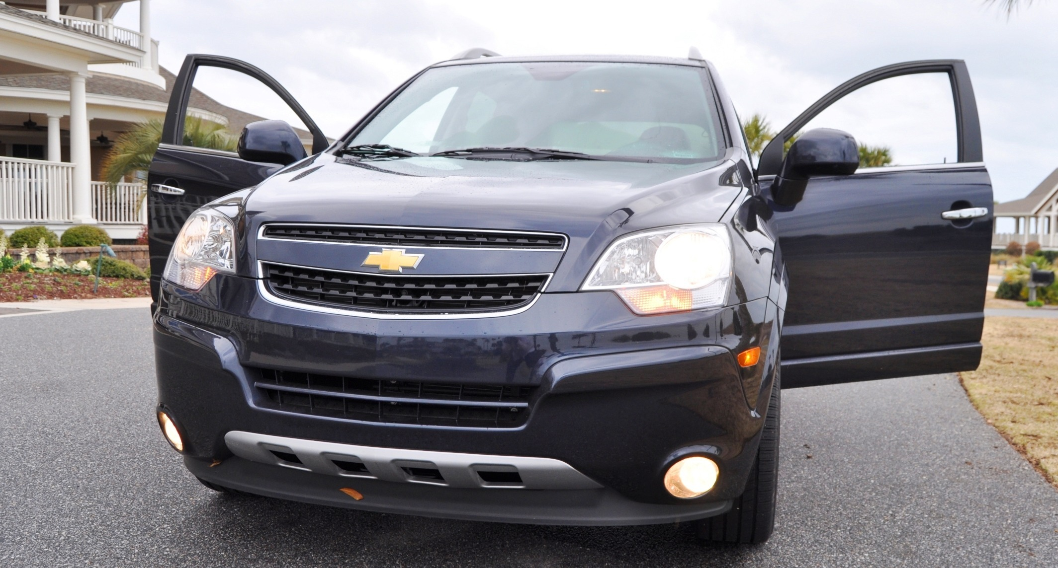 road test review 60 photos 2014 chevrolet captiva 2011 holden captiva. Cars Review. Best American Auto & Cars Review
