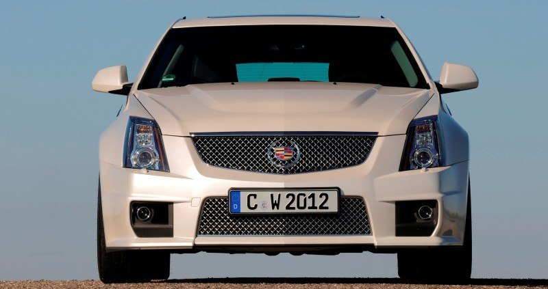 035_Cadillac_CTS-V_Sport_Wagon