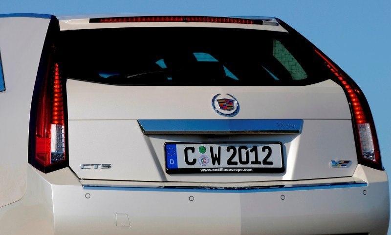 037_Cadillac_CTS-V_Sport_Wagon