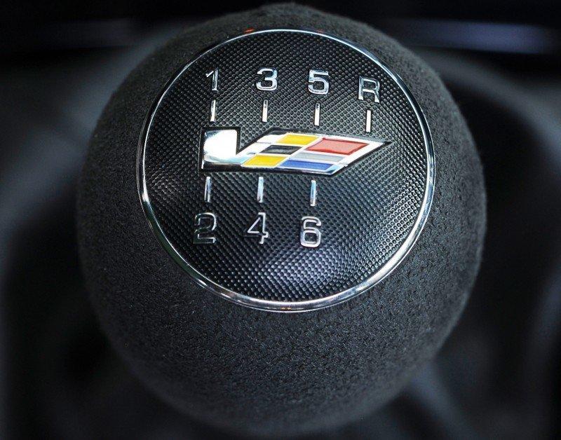 047_Cadillac_CTS-V_Sport_Wagon