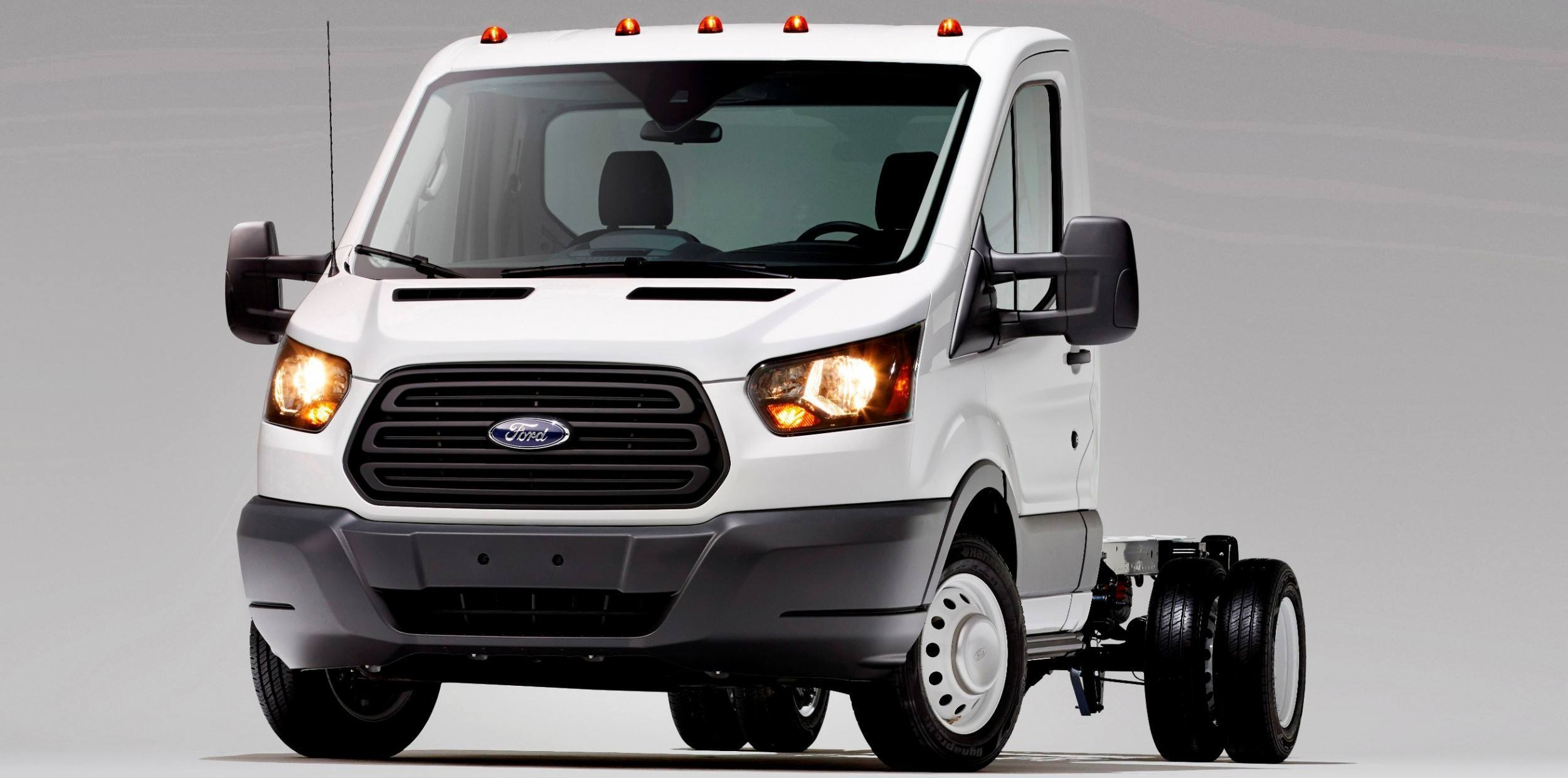 defogger camera cloth park passenger van rear ford shift charcoal power window speed windows select view interior reverse transit transmission automatic fleet img aid