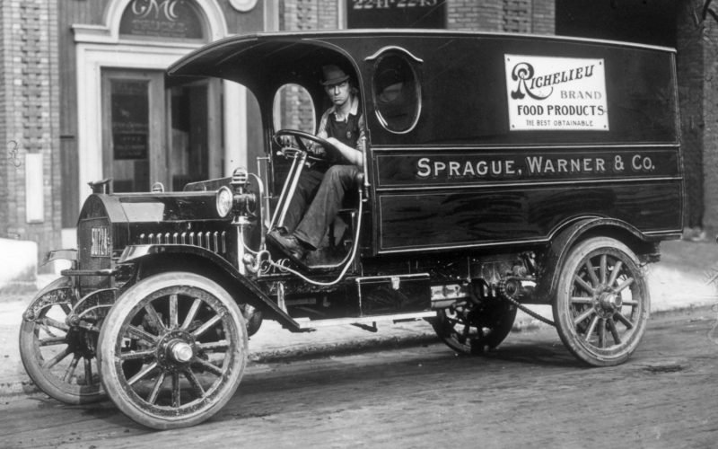 1912-GMC-Model-V-Panel-Delivery