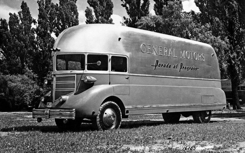 1936-GM-Parade-of-Progress-Streamliner