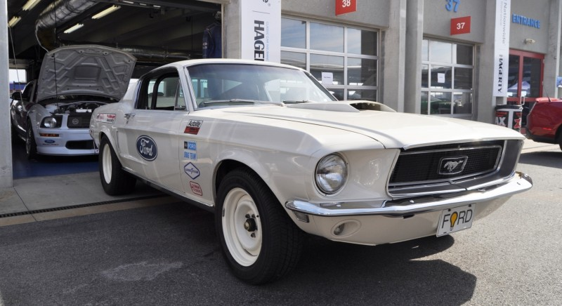 1968 Ford Drag Team - Mustang 428 Cobra Jet 14
