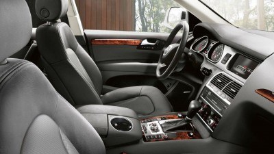 2014-Audi-Q7-beauty-interior-02