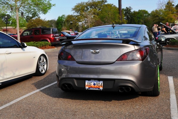 2014 hyundai genesis coupe 3 6 r spec at cars coffee wearing custom lime green wheels18. Black Bedroom Furniture Sets. Home Design Ideas