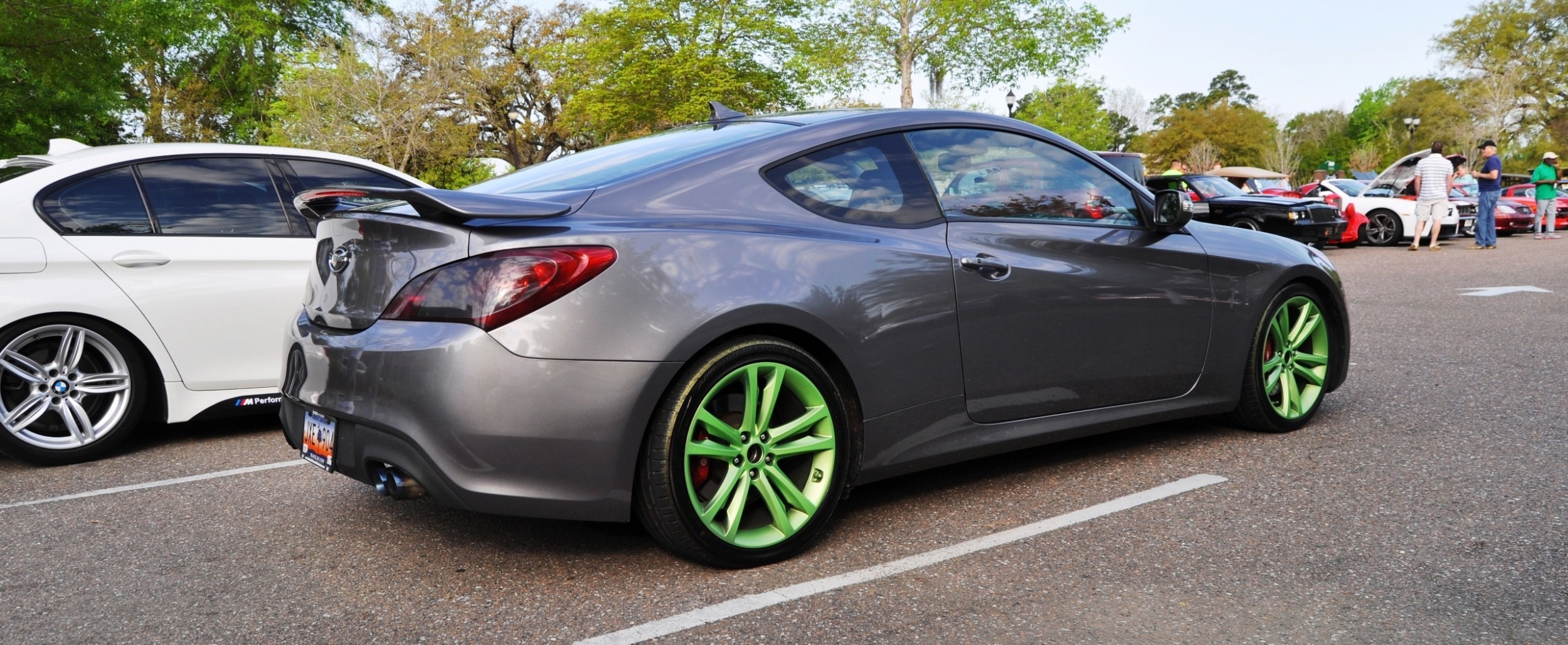 2014 hyundai genesis coupe 3 6 r spec at cars coffee. Black Bedroom Furniture Sets. Home Design Ideas