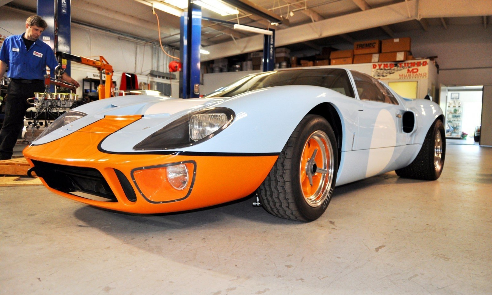 2014 Superformance GT40 Mark I - MEGA Photo Shoot and Ride-Along Videos 10