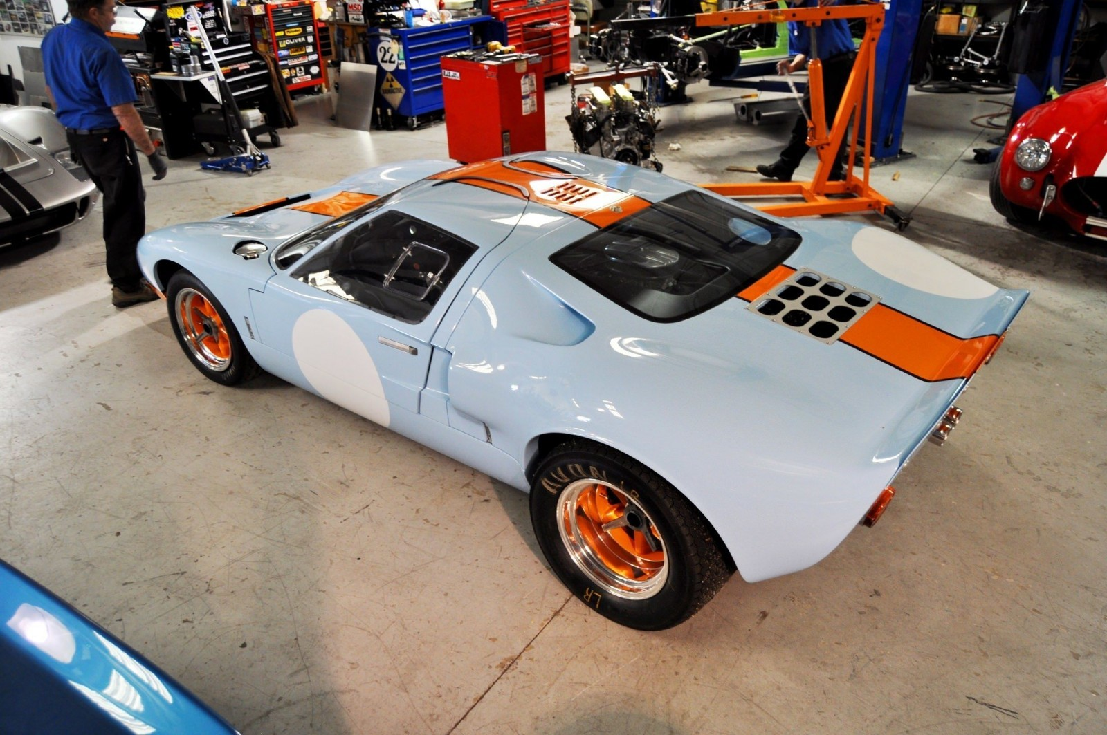 2014 Superformance GT40 Mark I - MEGA Photo Shoot and Ride-Along Videos 18