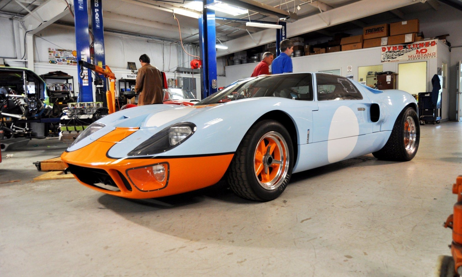 2014 Superformance GT40 Mark I - MEGA Photo Shoot and Ride-Along Videos 8