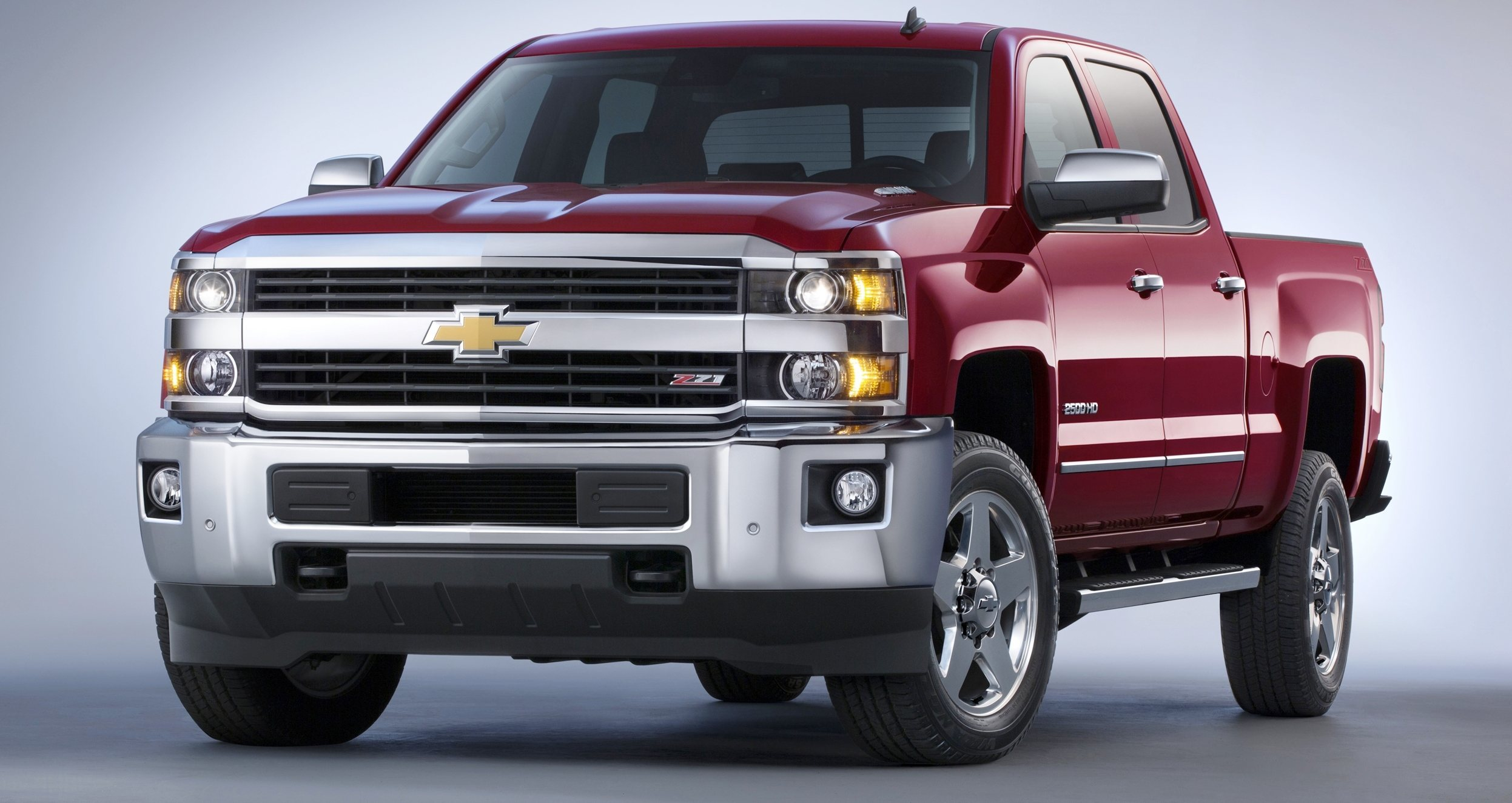 2015 chevrolet silverado 2500hd and 3500hd arriving now to dealers nationwide high country. Black Bedroom Furniture Sets. Home Design Ideas