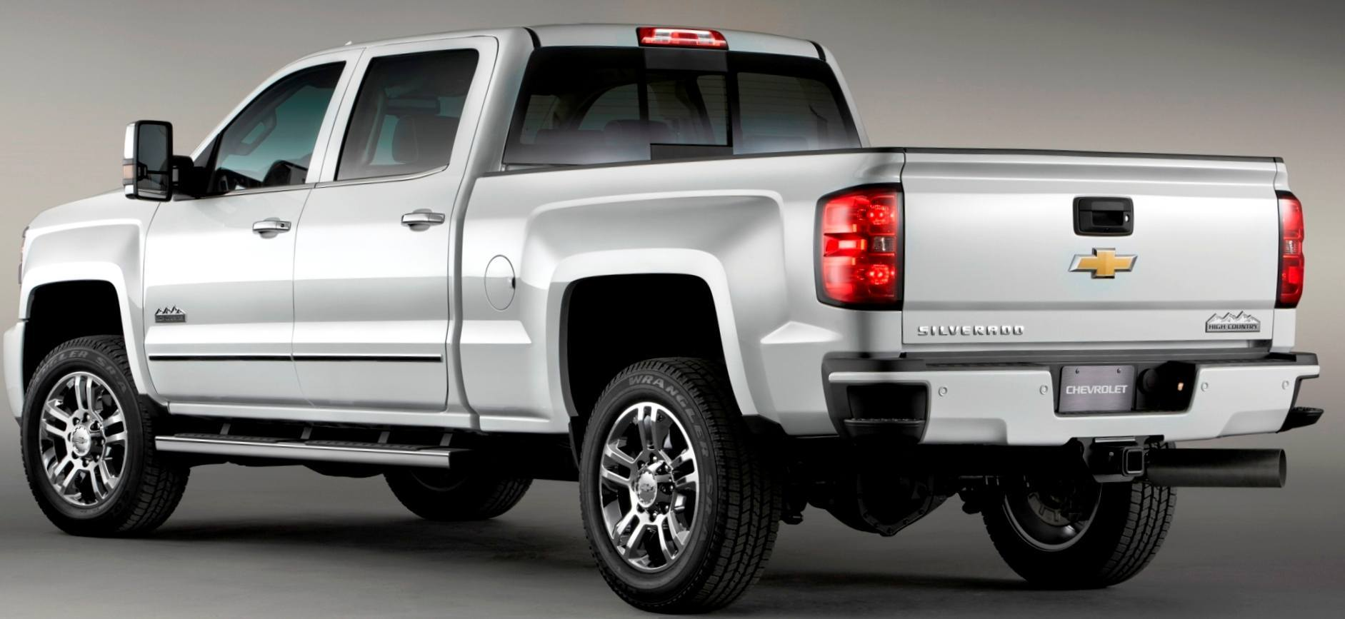 2017 Chevrolet Silverado 2500hd And 3500hd Arriving Now To Dealers Nationwide High Country Edition Tops The Range In Style