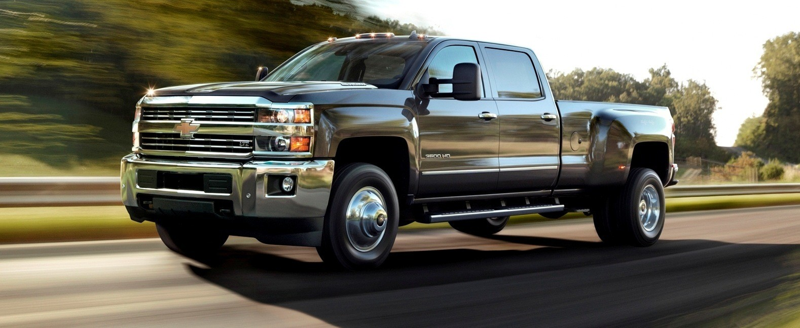 All Types 2015 silverado hd : 2015 Chevrolet Silverado 2500HD and 3500HD Arriving Now To Dealers ...