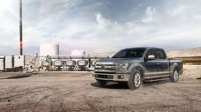 2015 Ford F-150 Platinum Is Disruptively Attractive in Real Life 1