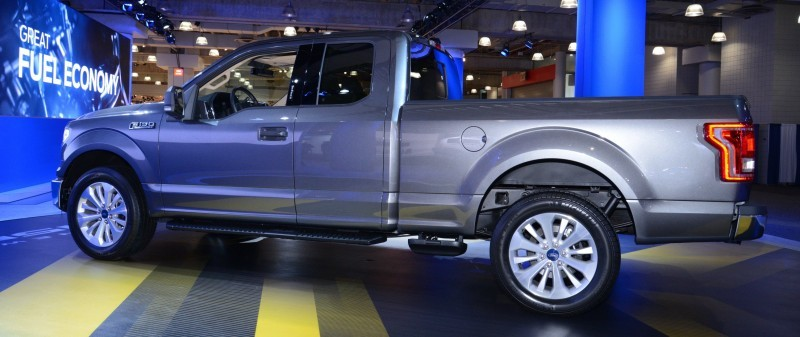 2015 Ford F-150 Platinum Is Disruptively Attractive in Real Life 16